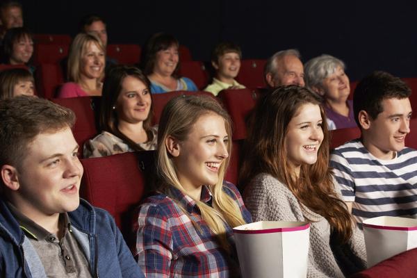 Gå i biografen