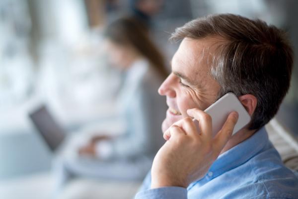 Conversation téléphonique